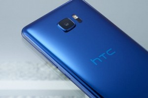 Google likely to buy HTC's smartphone business: Reports