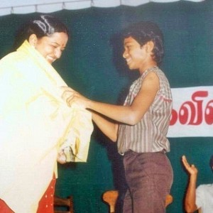 Rare unseen photos of Thalapathy Vijay!