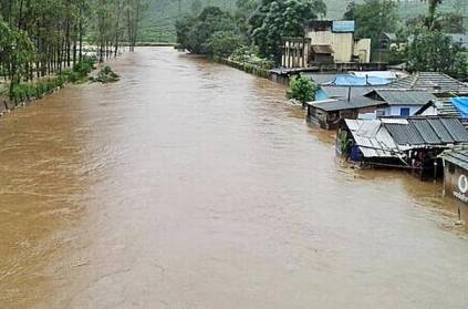 Cop risks life in Valparai to rescue 10 people stranded due to floods
