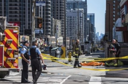 Van ploughs through crowd; 10 killed in Toronto